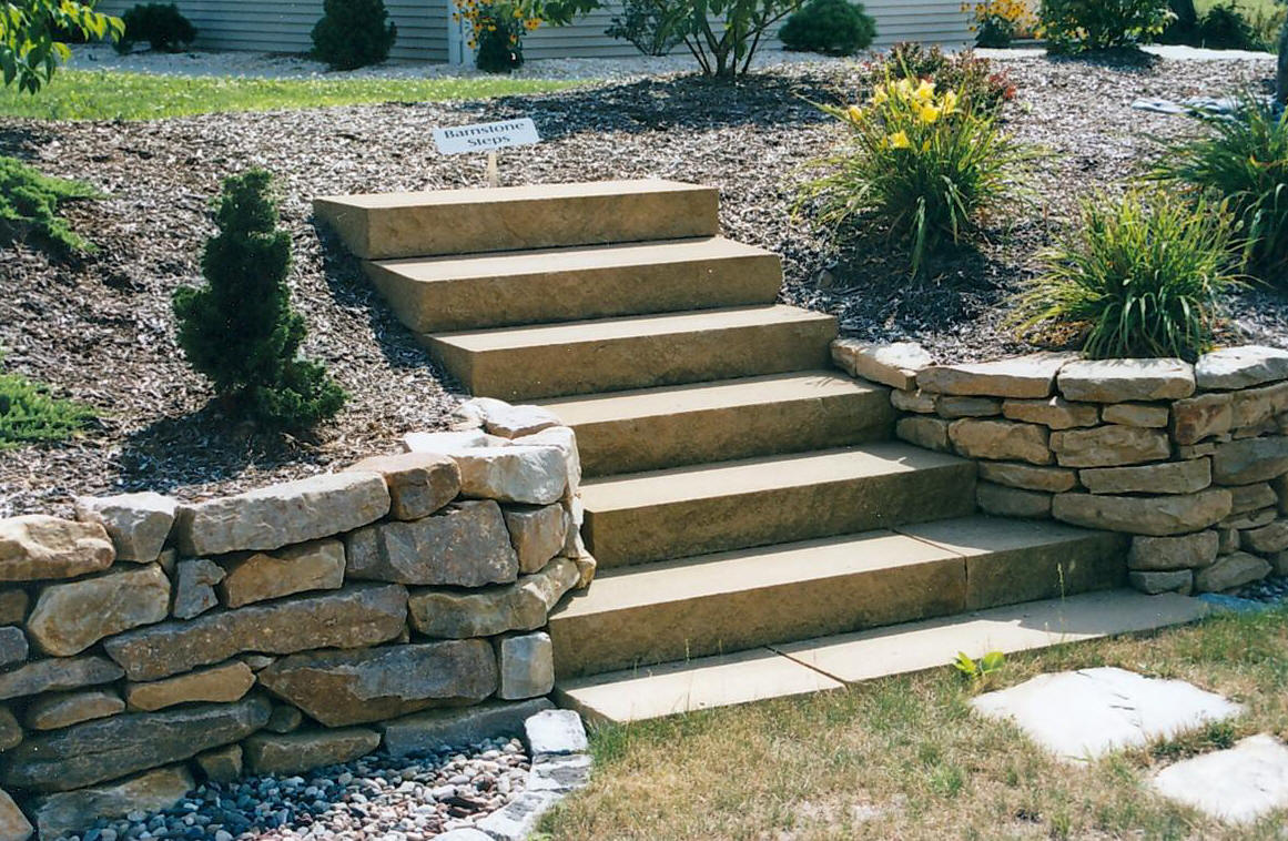 Building and landscaping stone susi builders supply of for Pictures of stone steps